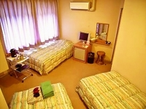 エコノミートリプル リーズナブルに泊まるならこの部屋!ビジネスタイプのちょっと手狭なタイプ