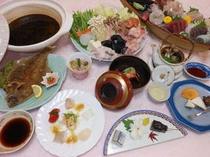 あんこう鍋・刺身舟盛プランの夕食膳(一例)