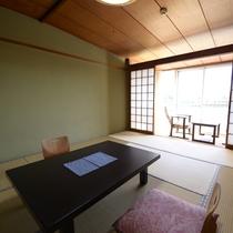 *【和室10畳一例】人吉ならではの眺望をお楽しみいただけます