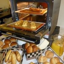 焼き立てパン①