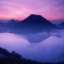 榛名湖の静寂さに溶け込んでいくかのよう。ここがどこなのかも忘れてしまう位の自然に包みこまれます。