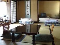和室10畳(トイレ付き)