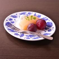 *お夕食一例(果物)