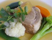 小谷の放牧豚・白ワイン煮