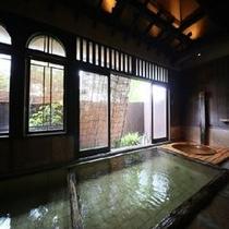 ◆クラシックな魅力を醸している大浴場『奥の湯万葉』