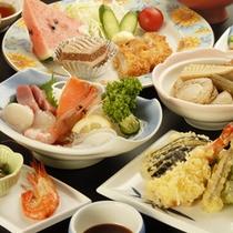*【夕食全体例】食材の宝庫、北海道ならではの素材をふんだんに使っています。