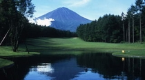 富士桜カントリー【ゴルフの前泊はTABIJIYAへ】