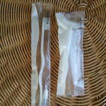 歯ブラシとシェーバーはお部屋にセット