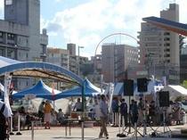 高知駅南口からホテルが見えます。