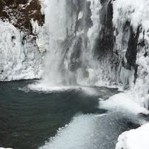 ■冬の善五郎の滝