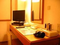 地上デジタル対応液晶テレビ全室完備