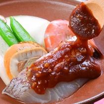 桜鯛と海鮮の胡桃味噌焼き