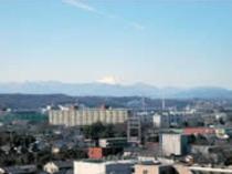 和室よりの富士山