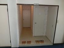 3階トイレ入り口