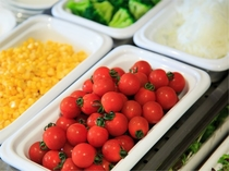 朝から新鮮野菜をたっぷりと♪