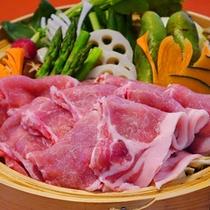 【夕食例】大人気!旬の野菜とヤシオポークのせいろ蒸し♪