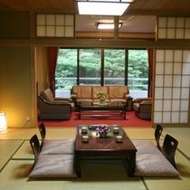 【特別室『かえで』】定員6名様 和室2間+洋間10畳 大理石風呂&マッサージチェア付