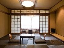 和紙の灯りのシンプル部屋[通常客室]