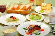 夕食フルコースの一例