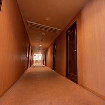 *◇本館◇館内/ホテル仕様の館内は、ツインルームからファミリールームまで客室バリエーションが豊富。