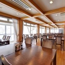 *◇本館◇レストラン/別館にお泊まりのお客様も朝食は本館レストランになります。