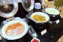 朝食(写真1)
