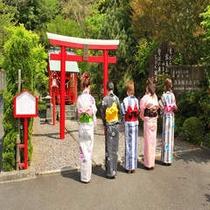 色浴衣in殿湯神社