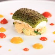 【D+KIRISHIMA】【魚料理/夕食一例】思わず写真で撮りたくなるほど美しい1品