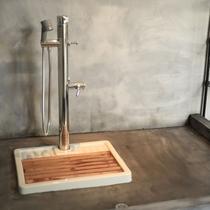 【D+KIRISHIMA】【設備】お部屋に入る前に足洗い場で綺麗に。