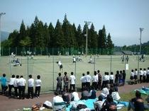 大原運動公園テニスコート(当ロッヂから車で約3分・徒歩約20分)