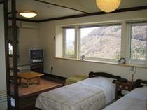 2階客室(ロフト付和洋室)