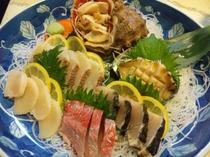 にし貝アワビ地魚の盛皿