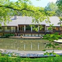 別邸「膳処 四季山庭」ホテルからはお散歩しながら3分。昭和レトロな別館です。