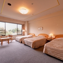 *トリプル(客室一例)/3人旅にオススメ!由布岳側と田園側のお部屋があります。
