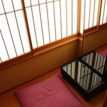 ◇【和室10〜12畳】イメージ(鏡台)