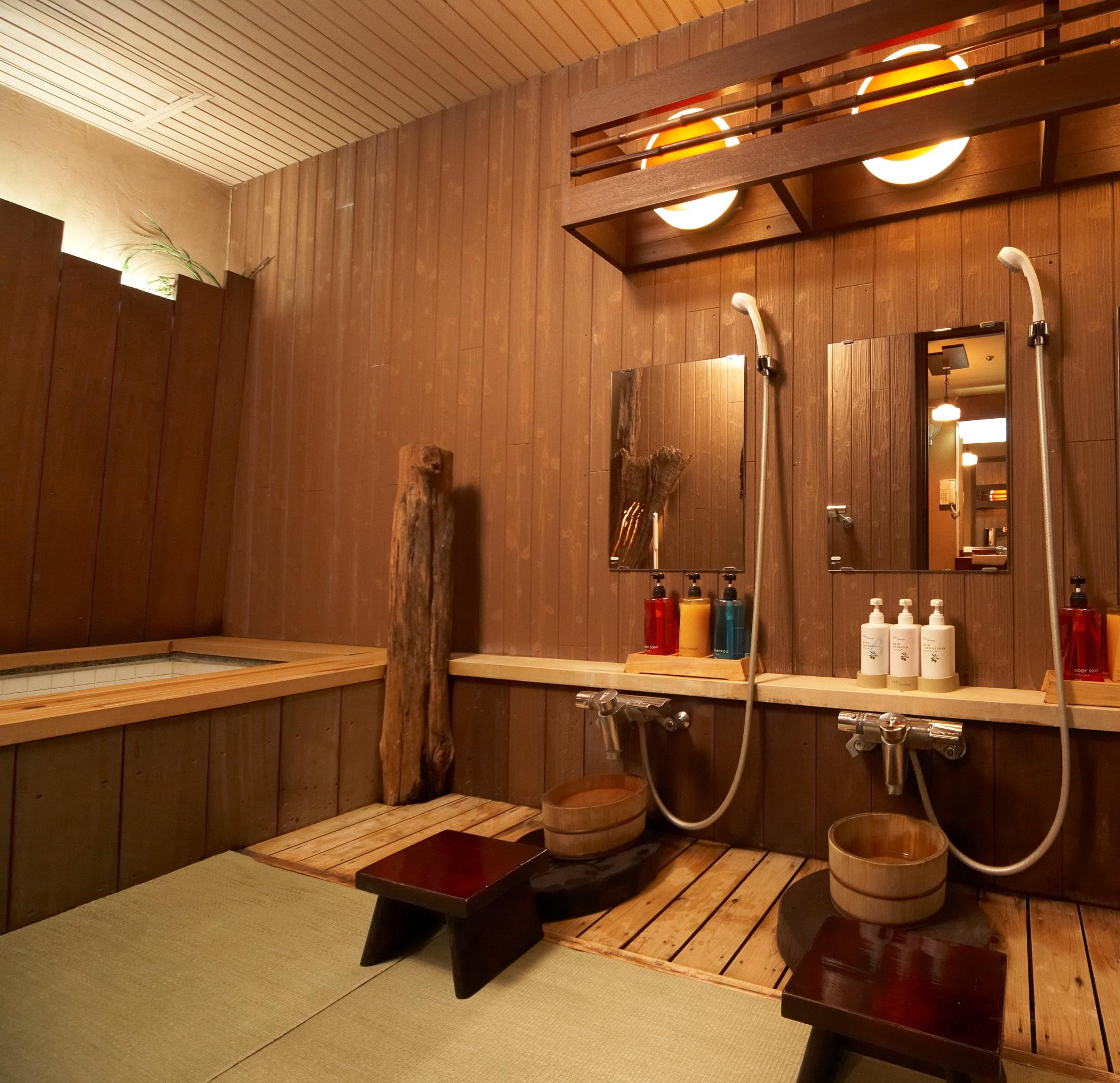 畳敷きの家族風呂「鍾馗の湯」