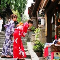 【レンタル浴衣(有料)】6月~9月限定 色浴衣ではんなり京都めぐり♪ 気軽に変身してみてください☆