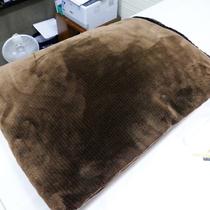 毛布:フロントにて貸し出しいたます。お部屋が寒い場合はお気軽にお申し付けくださいませ。