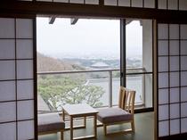 風の棟2階【眺望】和室10畳バス・トイレ付(一例)