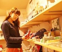奈良の特産品をとりそろえた売店♪