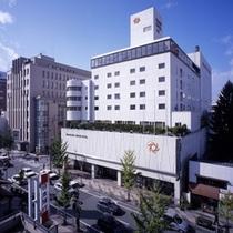 ホテル外観(北)