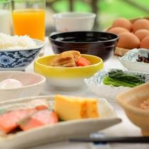 *朝食バイキング