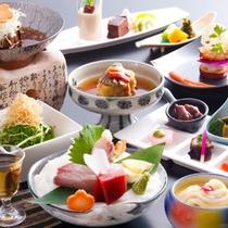 ずらりと並んだ旅館料理は卒業!』新しい美味しさと楽しさを求めるお客様に支持されています