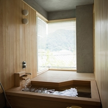 スイートルーム野路菊 客室展望風呂