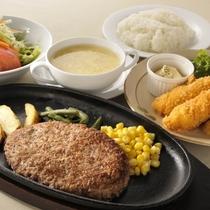 【ご夕食】            ハンバーグwithエビフライ