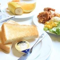 【ご朝食メニュー】        洋食も充実。