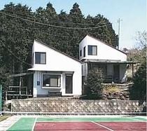 南伊豆コート10名様用1戸建て貸別荘 目の前にはテニスコート♪
