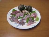 地魚刺身盛合せ(中)