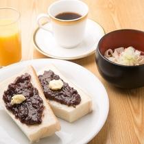 朝食バイキング♪小倉トースト&きしめん