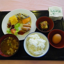 ご朝食(盛り付け一例)